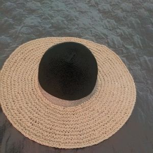 New Ladies Vince Camuto Straw Hat